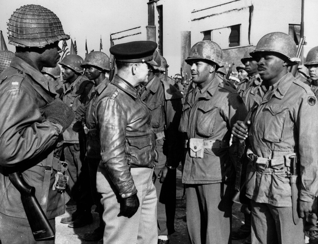 <b>92nd Infantry - WW2</b>