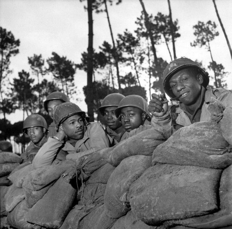 <b>92nd Infantry, WW2, Genoa Italy</b>